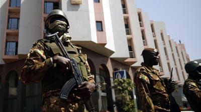 Mali forces hunt Bamako attack suspects