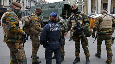 Brussels lockdown extended as US issues travel alert