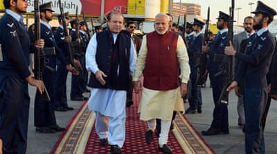 India PM Modi makes surprise Pakistan visit