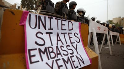 US closes Yemen embassy and orders ambassador to leave