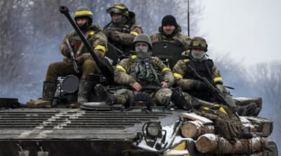 Senior Obama administration officials have come out in support of arming the Ukrainian army [Reuters]