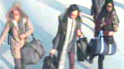 UK police try to trace 'Syria-bound' teenage girls
