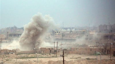 The advance by government troops and allied forces into Tikrit has been hampered by bombs and sniper fire [EPA]