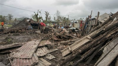 Aid workers meet widespread destruction in Vanuatu