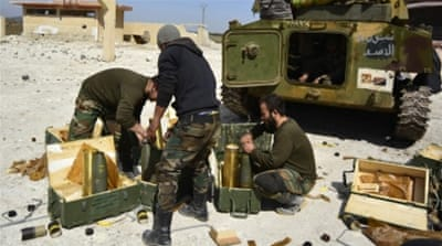 Syrian army and Kurdish forces fight ISIL on two fronts