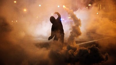 Baltimore hit by clashes for second night