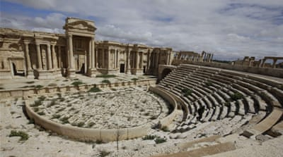 Fears mount over fate of Syria's ancient Palmyra ruins