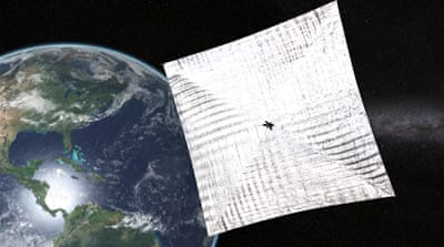 Lightsail spacecraft 'phones home' after falling silent