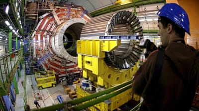 Scientists celebrate first protons collisions