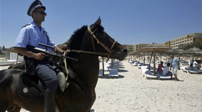 Tunisia to deploy hundreds of police inside hotels