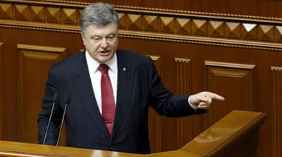 Poroshenko's address on Thursday came after a day after Ukrainian forces and rebels engaged in heavy fighting [AP]