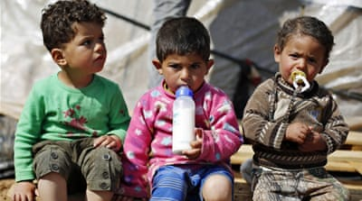Syrian refugees near four million amid intense fighting