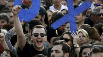 Tens of thousands rally in Athens ahead of referendum