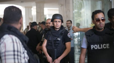 UK urges Britons to leave Tunisia over security threat