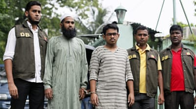 Bangladesh widens operation to catch killers of blogger