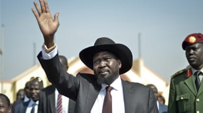 South Sudan's rebel leader, Riek Machar, shook hands with President Salva Kiir, but the peace agreement remains elusive [AP]
