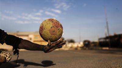 With little more than a football, some skateboards and a rough patch of earth, para-soccer offers polio survivors a game of their own [Diego Ibarra Sanchez/MeMo]