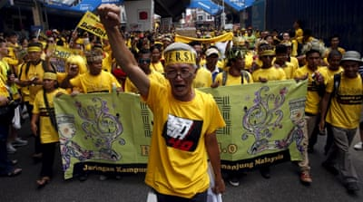 Malaysia anti-government protesters continue sit-in