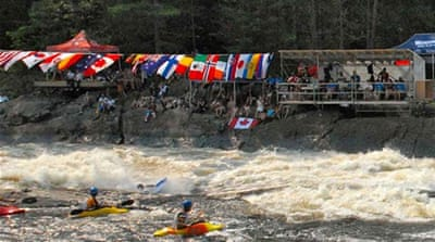 Daredevils tear up Canadian waters in kayaking titles