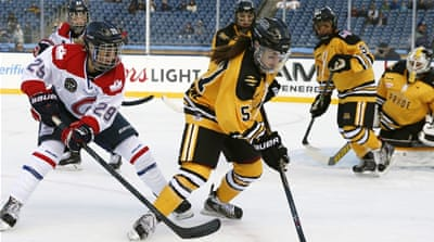 Women's ice-hockey league takes US by storm