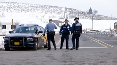 Militia leader urges occupiers to leave Oregon refuge