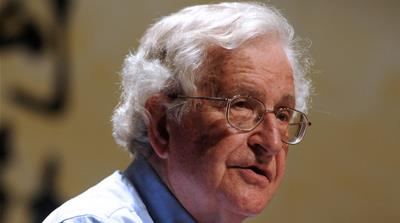 Chomsky: I'd vote for Clinton over Republicans