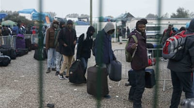 Migrants and refugees are being moved to reception centres across France [Pascal Rossignol/ Reuters]