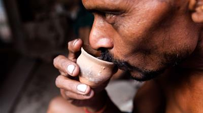 Kolkata's age old tradition of 'bhar' clay cups of tea