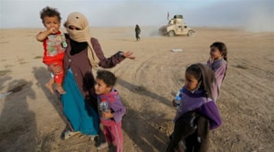 The operation to seize Mosul from ISIL fighters entered its fourth week  [Thaier Al-Sudaini/Reuters]