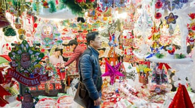 Yiwu: The Chinese city where it's Christmas every day