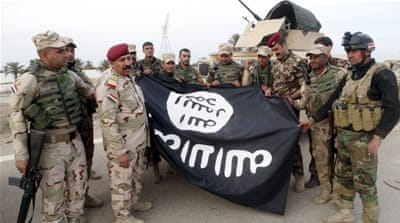 ISIL suicide bomber kills Iraqi troops near Ramadi
