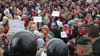 Palestinian teachers march demanding salary increases