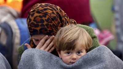 Refugee crisis: 70,000 may be stuck in Greece in March