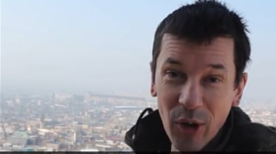 John Cantlie in a still from the latest ISIL video [YouTube.com]
