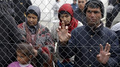 Refugees stuck in Idomeni: Questions but no answers