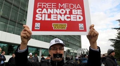 Erdogan vs Gulen: Behind Turkey's media crackdown
