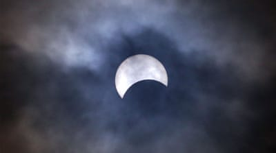 Solar eclipse delights people in Asia and Australasia