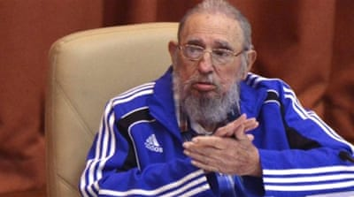 Castro bids farewell to party