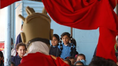 Puppet show casts spotlight on refugee crisis