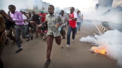 Kenya police crack down on protesters