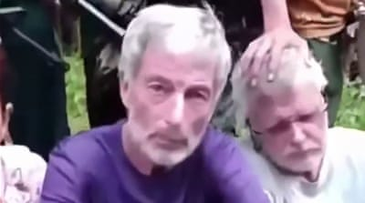 Philippine group beheads Canadian hostage