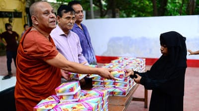 Buddhist monks serve iftar for Muslims in Bangladesh