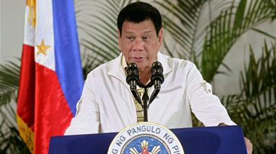 Duterte offers refugees a home in the Philippines