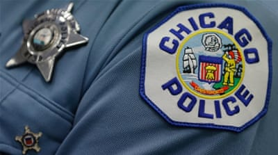 Chicago police: Reform push as violent past prevails