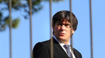 Puigdemont pressured as 'independence' deadline looms