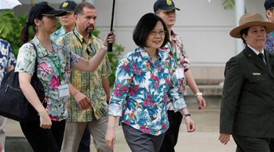 Taiwan leader lands in Hawaii despite Chinese objection