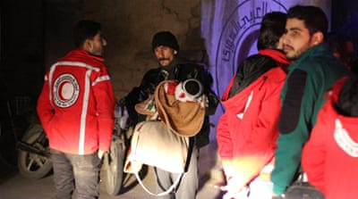 Ailing Syrians evacuated from besieged Damascus suburb