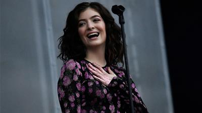 Lorde set an example for young celebrities to follow