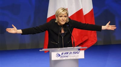 France's presidential race: Old and new media collide