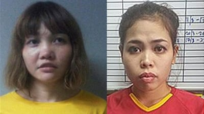 Doan Thi Huong (L) and Siti Aisyah could face the death penalty, a Malaysian prosecutor said [Reuters]